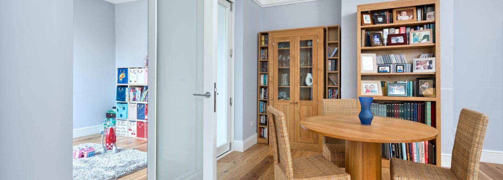 buy popular 3fb76 8bd8c Made to Measure Internal Wooden Bifold Doors UK – Timber, Oak
